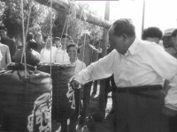 mao-zedong-05-1964-punching-bag